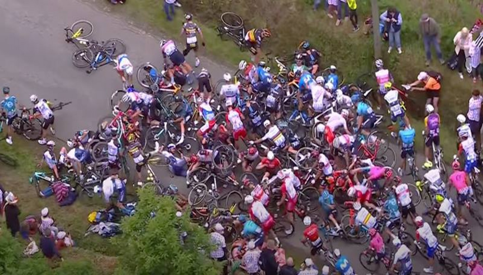 Woman Causes A Huge Crash At Tour De France And Twitter Is Ripping Her Apart